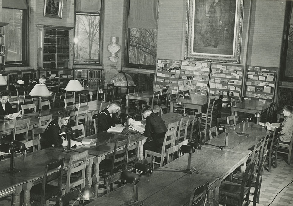 Cadets study in James B. Colgate Library, circa 1943