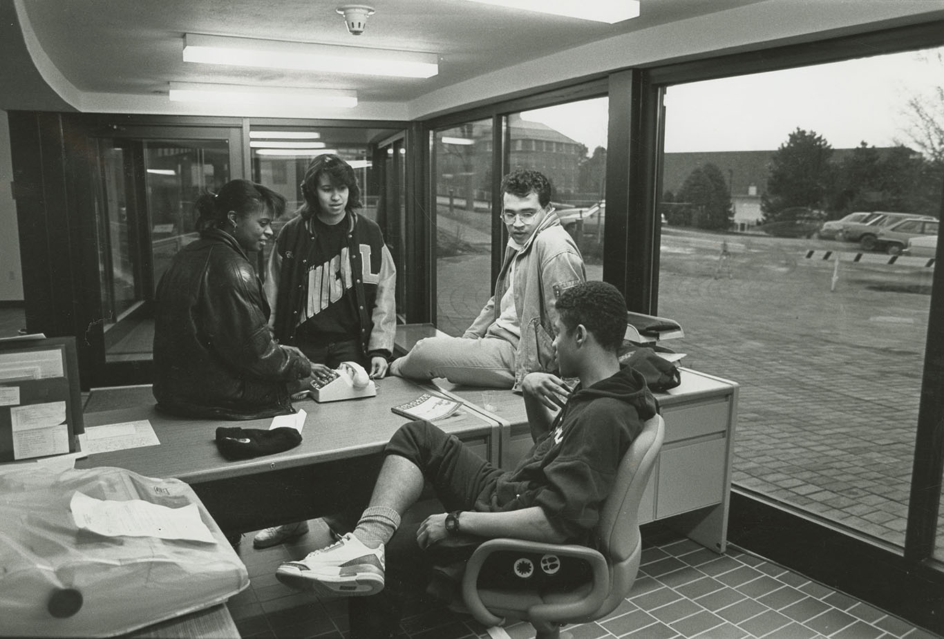 Students enjoy the new cultural center, 1989