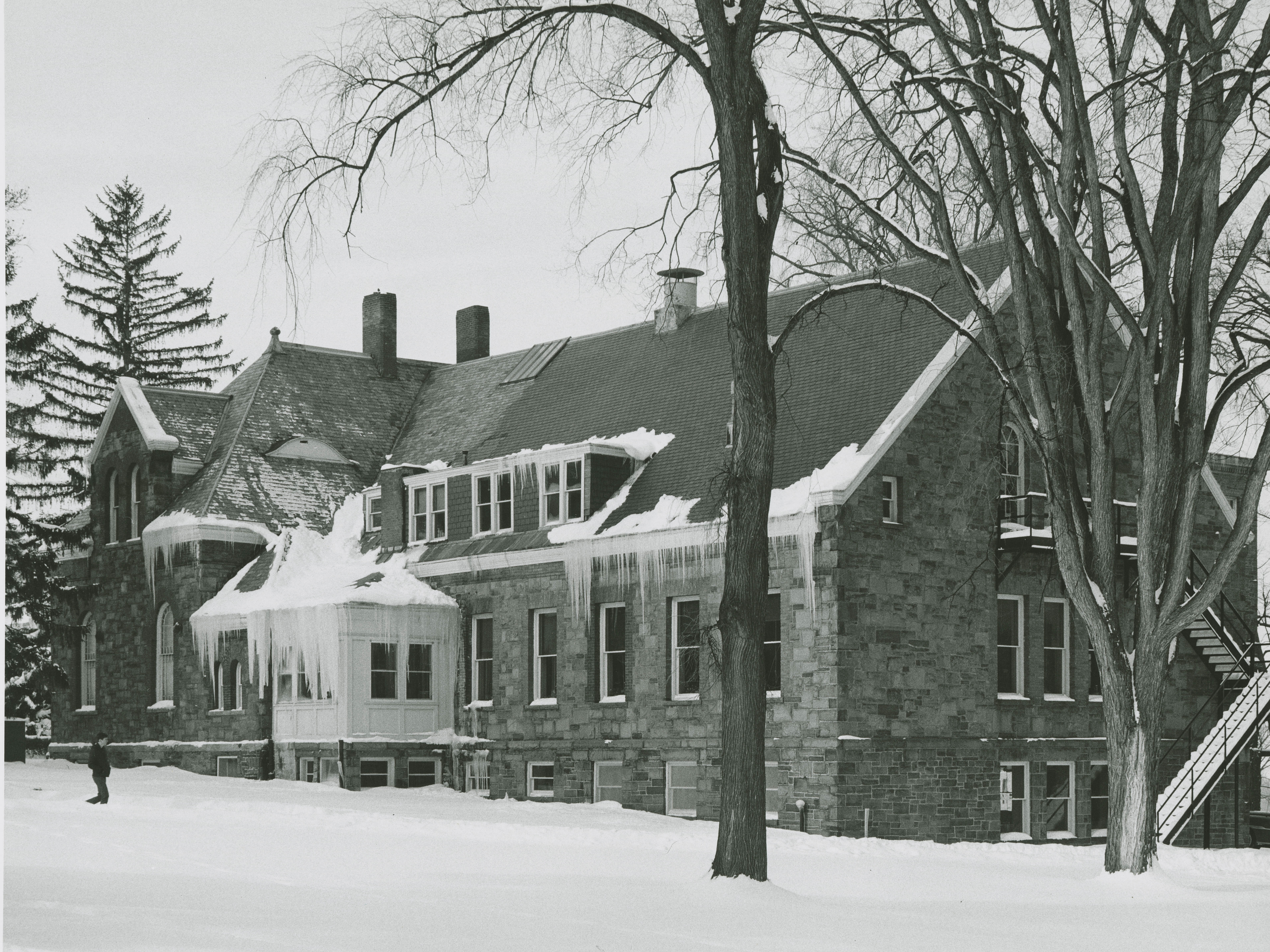 Hascall Hall with addition, 1966